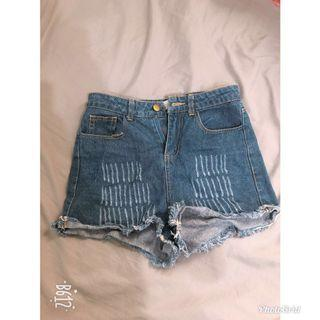 女牛仔短褲
