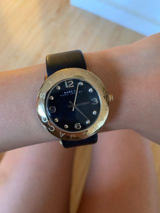 Marc Jacobs black gold watch
