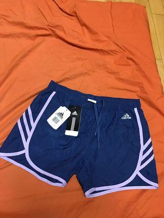 🚚 Adidas愛迪達 運動短褲