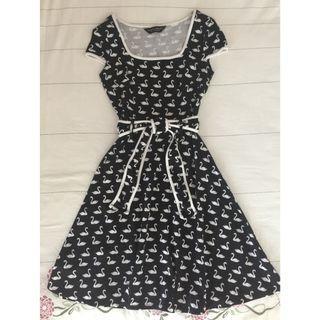 Dorothy Perkins Swan Printed Black Flare Dress