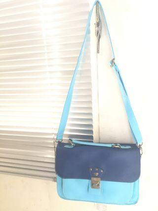 Milk Teddy sling bag