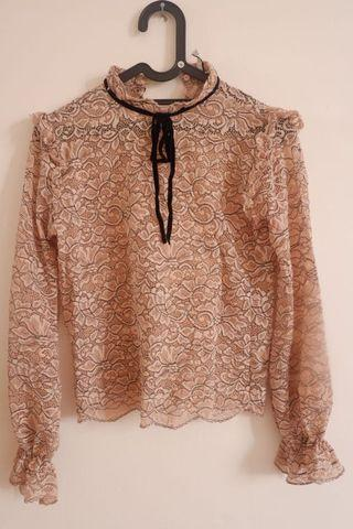 Stradivarius lace shirt