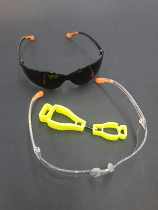 Safety Spectacles & Gloves Holder (HW)