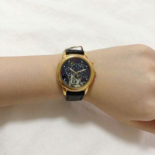 🚚 Mickey and Minnie Musical Watch