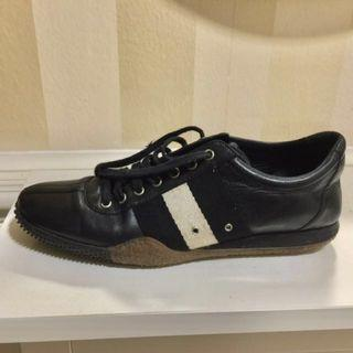 BALLY Walking Shoes sz 38.5E Euro / sz 8M USA