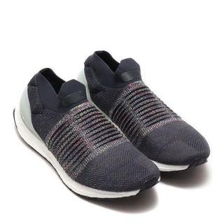 🚚 Adidas UltraBOOST Laceless Carbon
