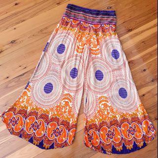 Women's size 10-14 Stunning wide leg bohemian palazzo pants - AS NEW