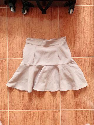 杏色魚尾邊半截裙