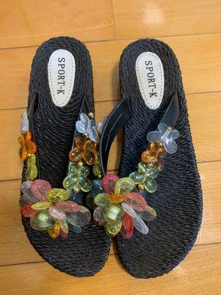 Sandals with 3D floral 立體花花拖鞋