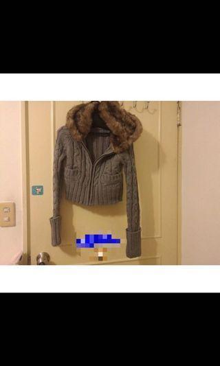 Zara大毛帽短版外套