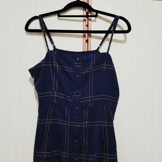 🚚 Plaid Button Dress