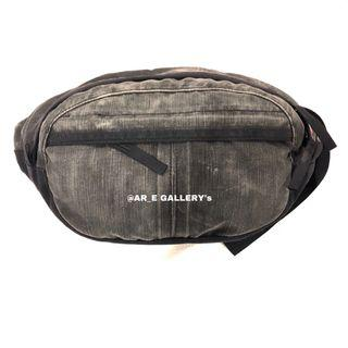 Porter Pouch Bag