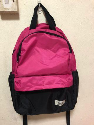 🚚 Pink Backpack