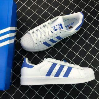 adidas Superstar經典鞋粒面皮革鞋面綴鋸齒三條紋