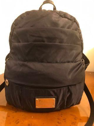 Samsnite新秀麗黑色背包