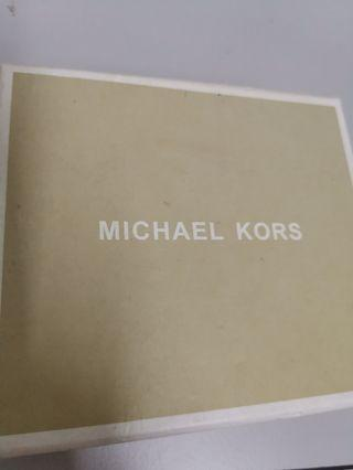 Michael Kors Ultra Pink Purse