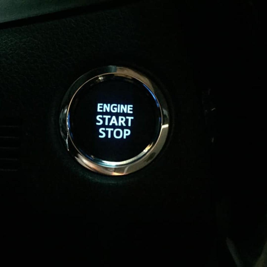 💕睿睿中古車💕2016年底出廠 Toyota 豐田 Altis 1.8 恆溫定速 iKey 大螢幕
