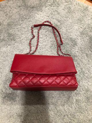 🚚 Red Quilted Ladies Bag