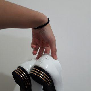 白色低跟鞋懶人鞋休閒熟女鞋