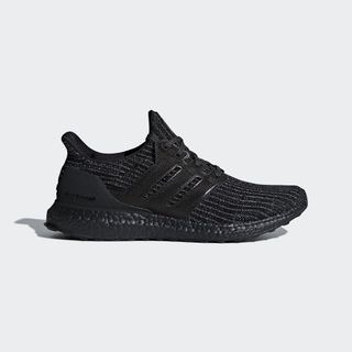 premium selection e5d15 8020d Adidas UltraBoost Men all black UK8.5 - BB6171