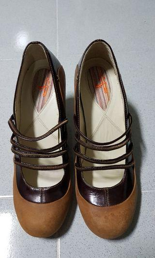 Jaywalk Heels