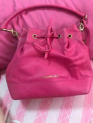 🚚 Authentic Samantha Vega Pink Bucket Bag Large