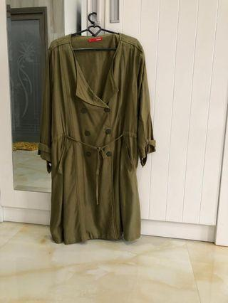 Outer Dauky Size M