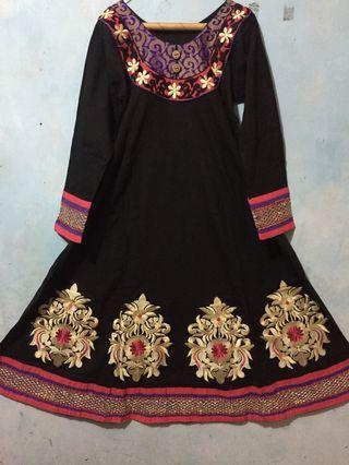 Pakaian India Dewasa (satu set)