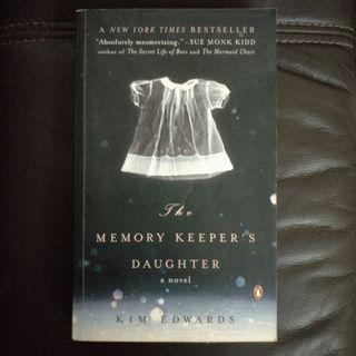 Pre - Loved The Memory Keeper's Daughter by Kim Edwards [Paperback]