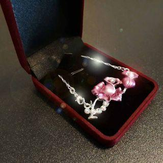 925 Silver chain with Purplish Red Flower Pendant