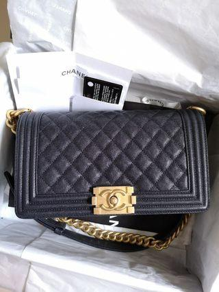 33f1629a8278f2 chanel vintage medium   Bags & Wallets   Carousell Singapore