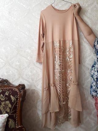 Dress gamis syari dan kerudung