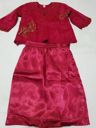 Girl Red Kurung