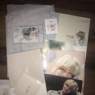 BTS v Fansite Taetaeland The time Photobook FULL SET