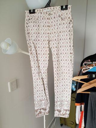 7 Jeans // Patterned white denim #EndgameYourExcess