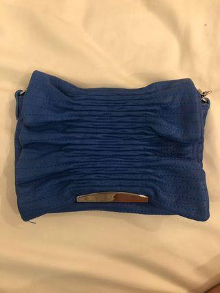 LANVIN en Bleu Clutch / Chain Bag
