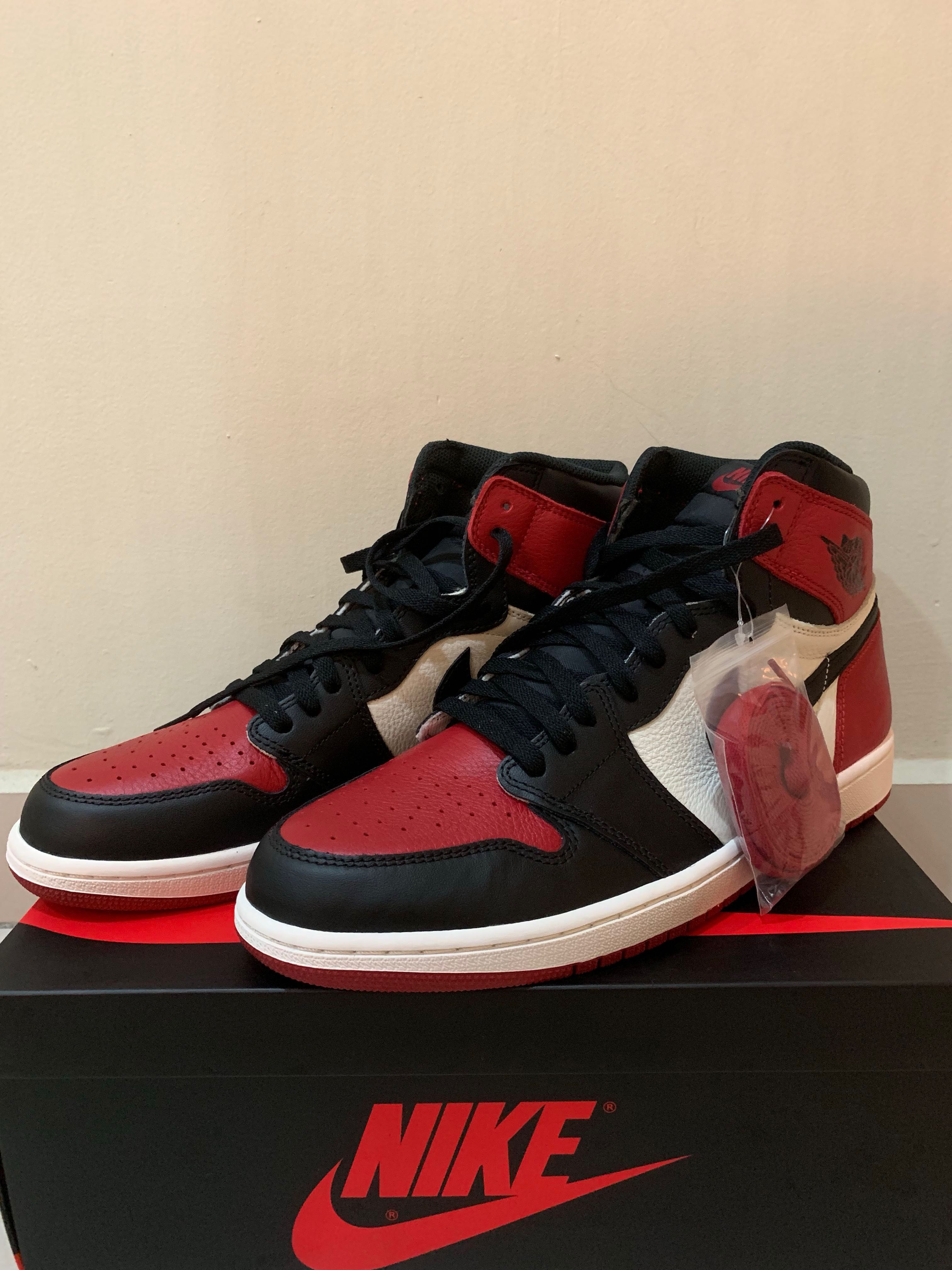 3971396c30aa 2x Air Jordan 1 Bred toe and court purple