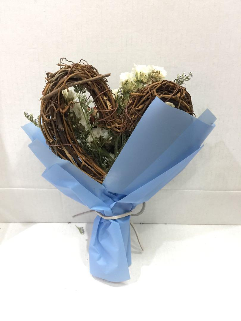 現貨 母親節禮物 永生花 干花 花束 玫瑰 心形藤圈
