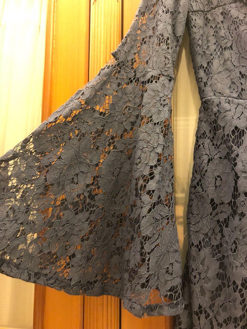 蕾絲透視連身褲 navy lace romper