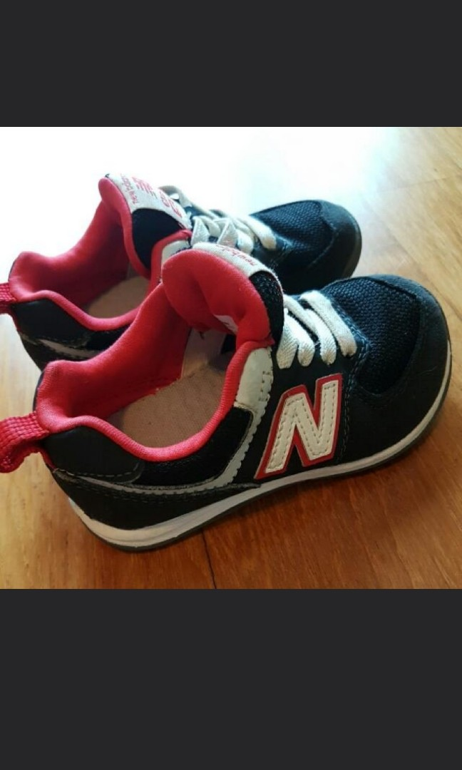 buy popular a2308 d28b4 Authentic New Balance Classic 574 Sports Shoes US 7/ UK 6.5