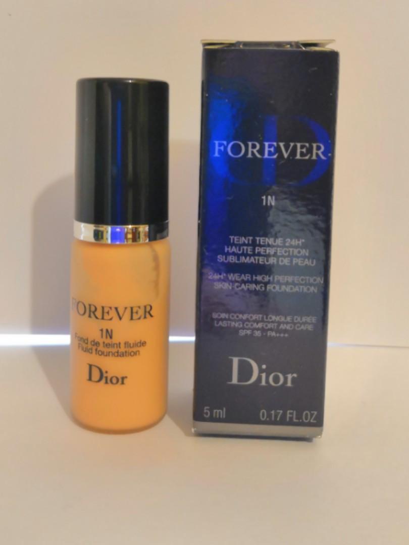 Dior 24H wear perfection skin caring foundation Dior 24小時粉底