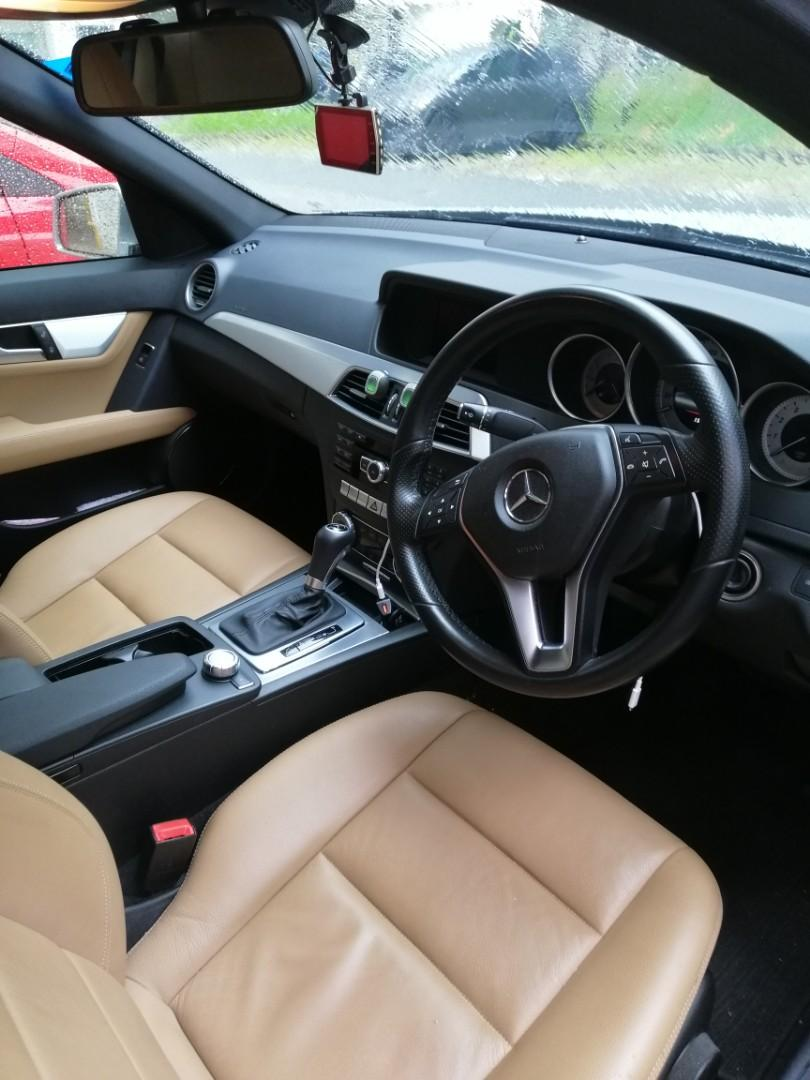 Mercedes Benz C180 for rent!!