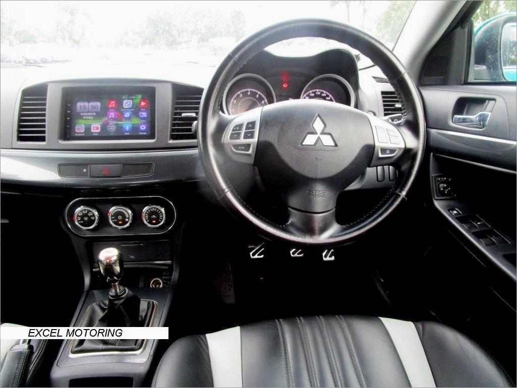 Mitsubishi Lancer EX 2.0 Auto GT