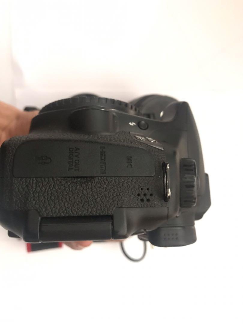 SC 11rb Canon 60D Lensa Fix 18-55mm + Lensa Fix 50mm