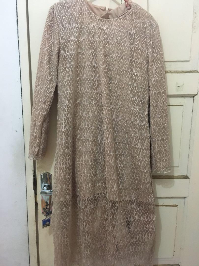 tunik renda dan rok