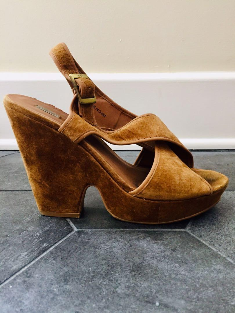 Urban Outfitters Suede Criss Cross Black Heel in Size 8