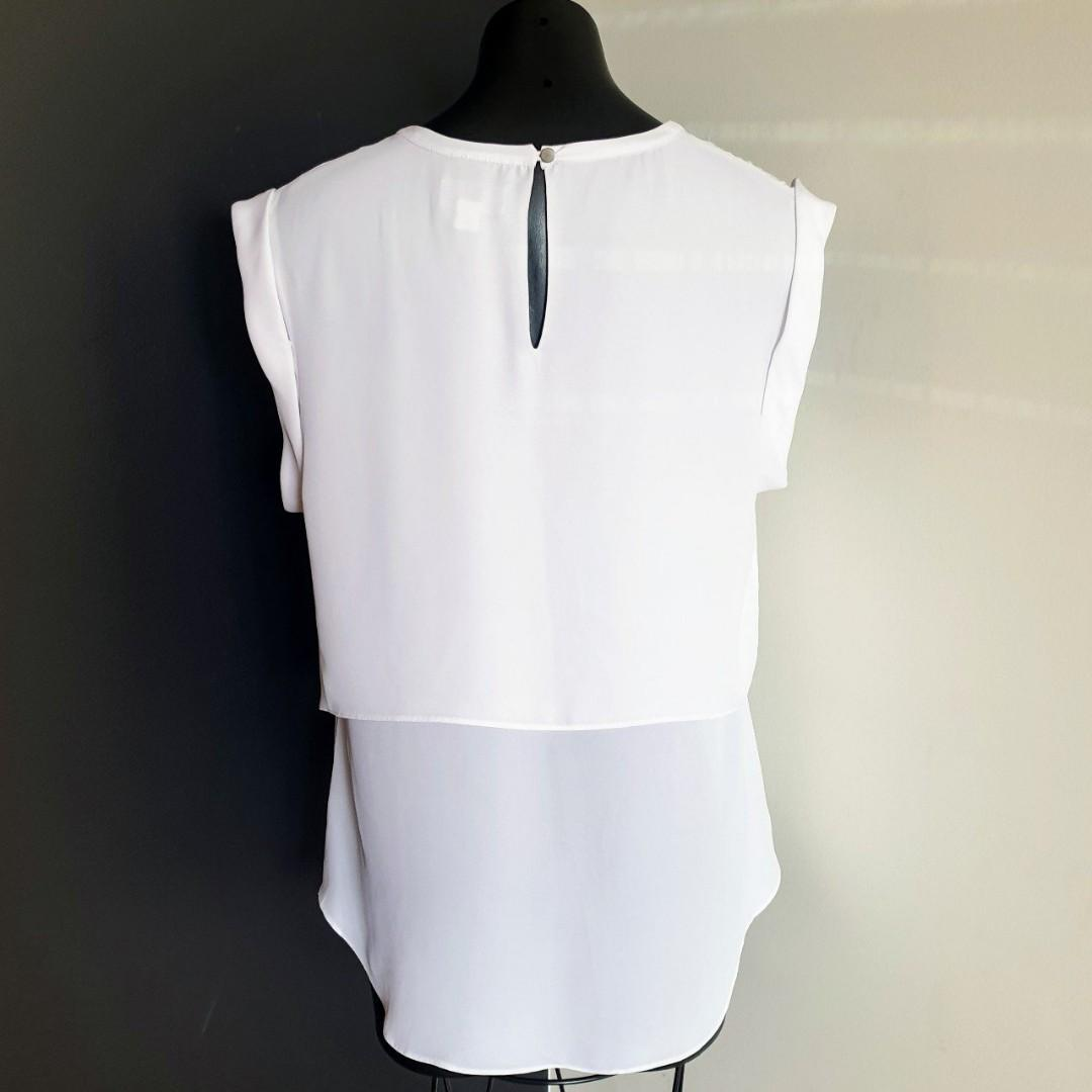 Women's size 14 'WITCHERY' Stunning white double layer top - AS NEW