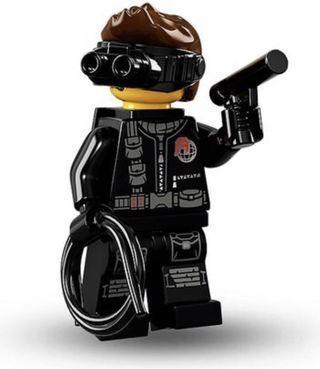 LEGO 71013 series 16 Spy