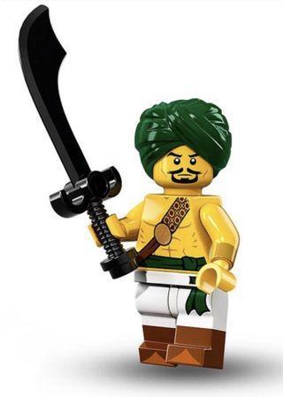 Lego Minifigure 71013 series 16 Desert Warrior