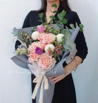 Customized fresh flower bouquet by Korean florist